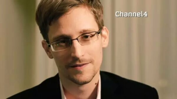 Snowden Broadcasts A Christmas Message (video)